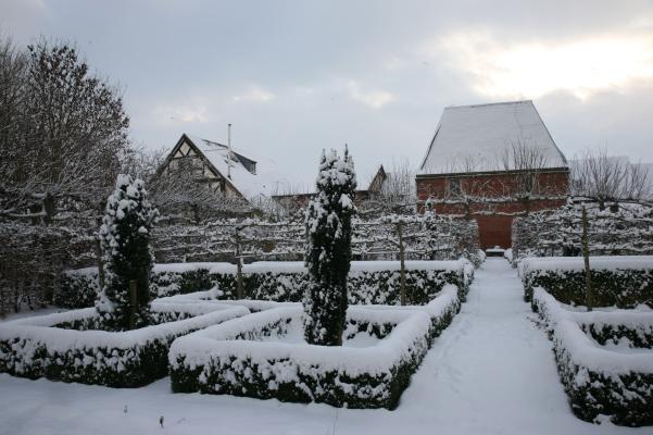 December thick snow